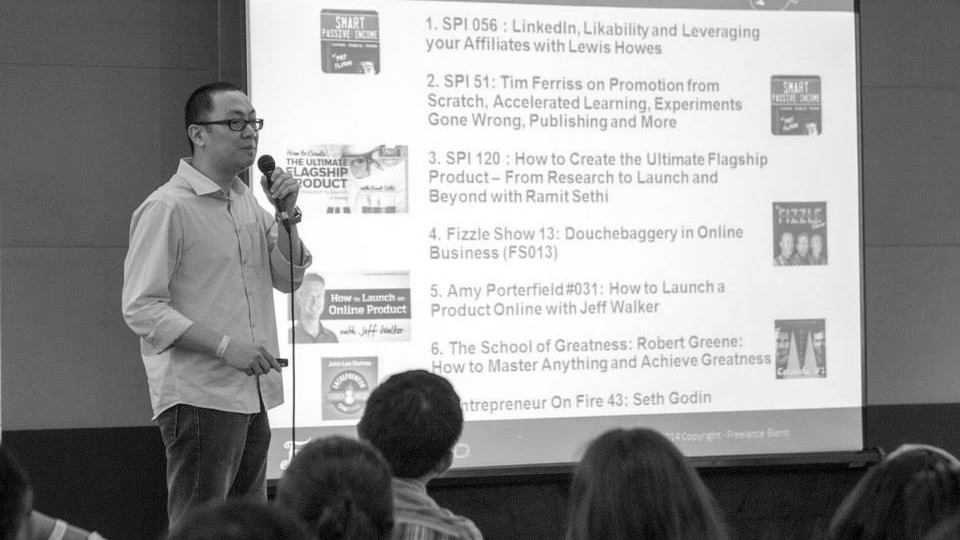 Marv de Leon speaks at Freelance Camp Manila 2014